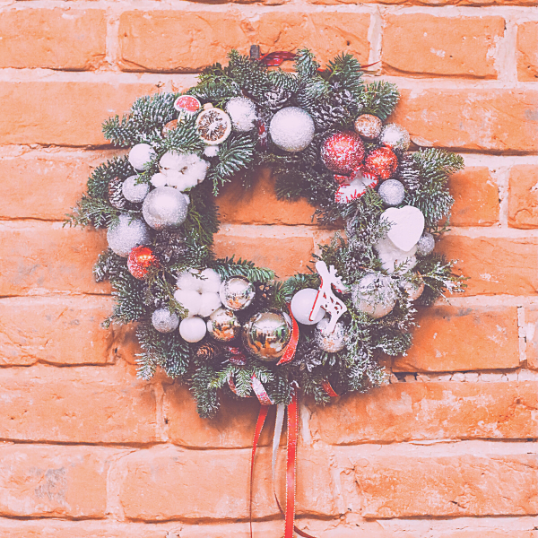 how-to-make-outdoor-wreath