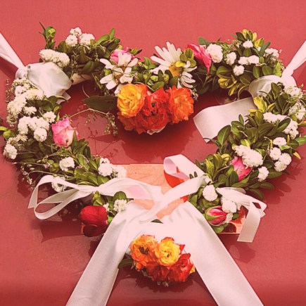 heart-wreath-for-front-door