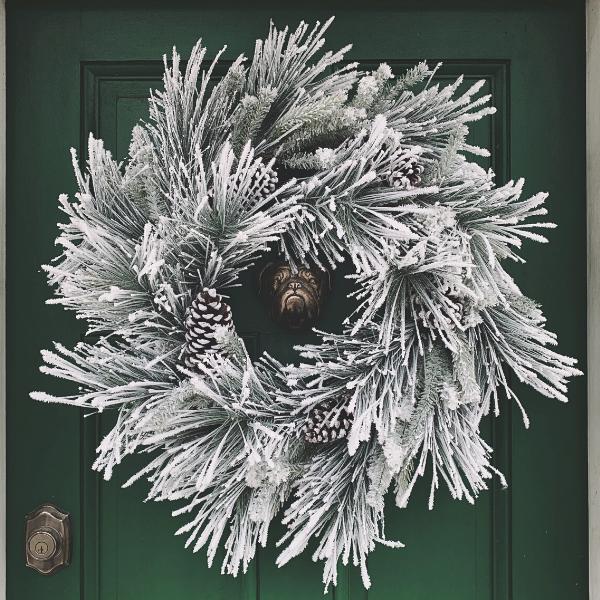 white-wreath-for-front-door