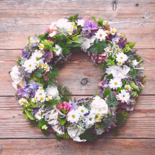 fresh-flower-wreath