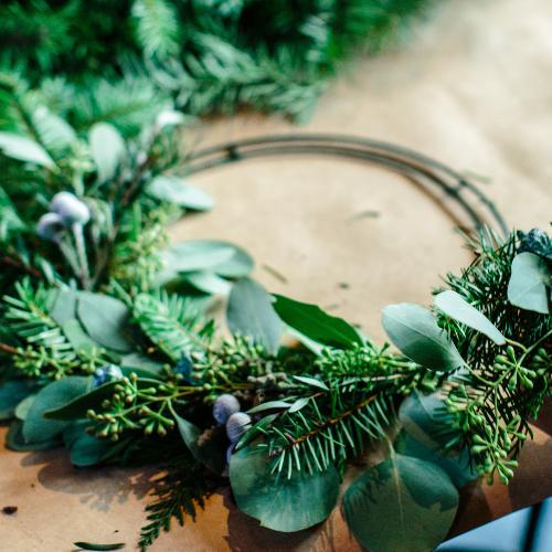 wire-wreath-frame