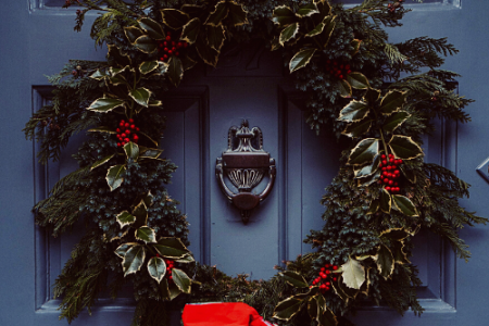 front-door-wreath-ideas-for-january